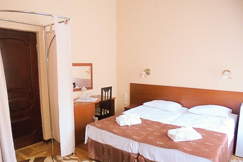 Фотография кроватей двухместного номера 1 категории