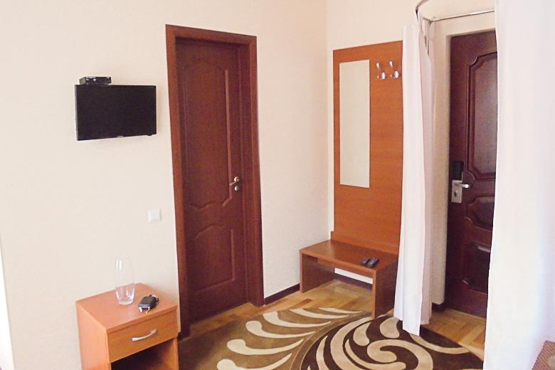Фотография комнаты двухместного номера 1 категории