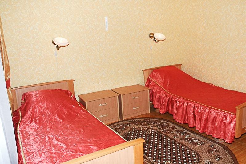 Фотография кроватей старого двухместного номера 1 категории