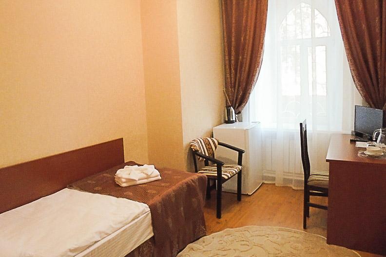 Фотография комнаты в одноместном номере первой категории